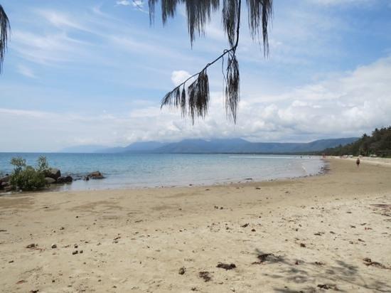 Bay Villas Resort: 4 mile beach