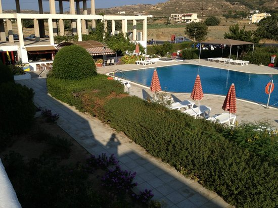 Sunny View Hotel: b