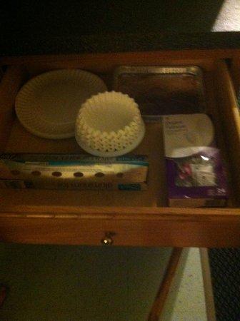 Constitution Inn : Leftover Items