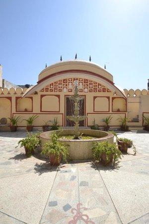 Rawla Mrignayani Palace