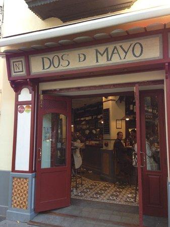 Bodega dos de Mayo: Dos de Mayo