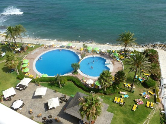 Estival Torrequebrada Hotel: Pool view from the balcony.