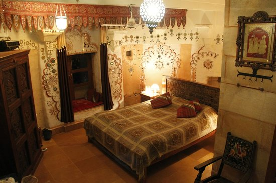 Hotel Garh Jaisal Haveli: Room