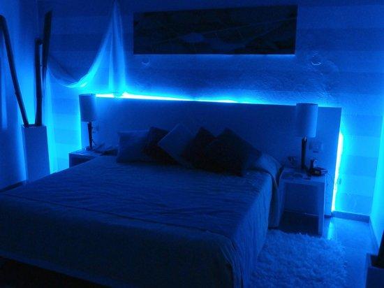BlueBay Villas Doradas Adults Only: Chambre section 7 belle deco