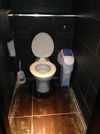 JRC Global Buffet: Female Toilets