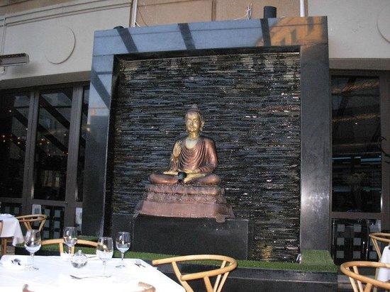 Wangthai Restaurant : Eastern decor