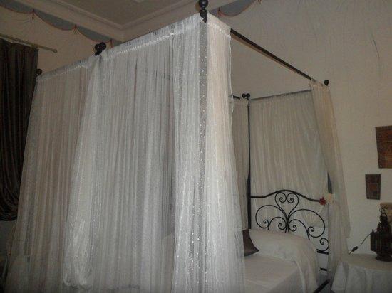 Locanda Il Mascherino: il mio tanto adorato letto marrakesh