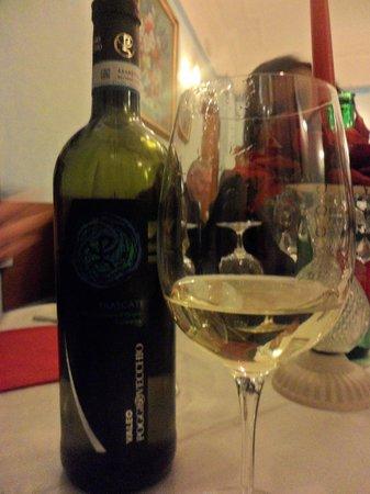 Locanda Il Mascherino: dell ottimo vino che da quanto ne so è produzione propria