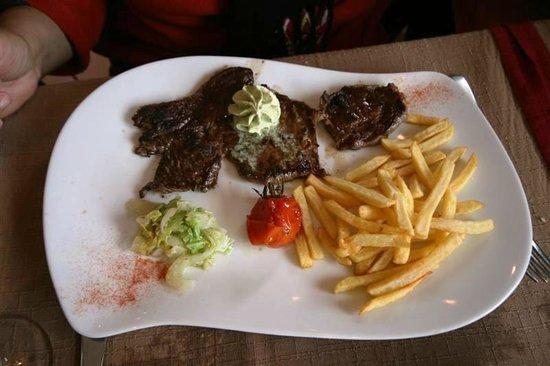 Le Bois Joli: Food