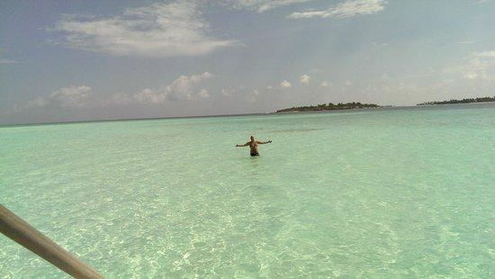 Cocoa Island by COMO: Lagoon in front of Loft villa