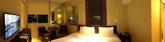 Mandarin Hotel Managed by Centre Point: inside the room