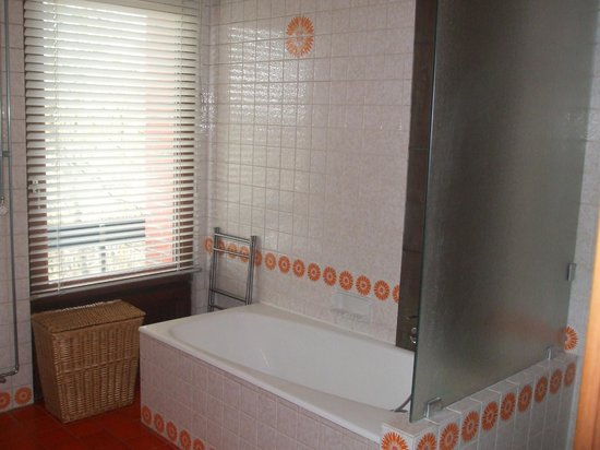 Green Hill Guest House Appartement & Chambre : bagno
