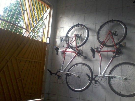 Hostel Terra da Luz: Bicicletas aluguel
