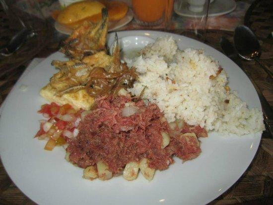 Villa Escudero Resort: my ist plate...I guess...