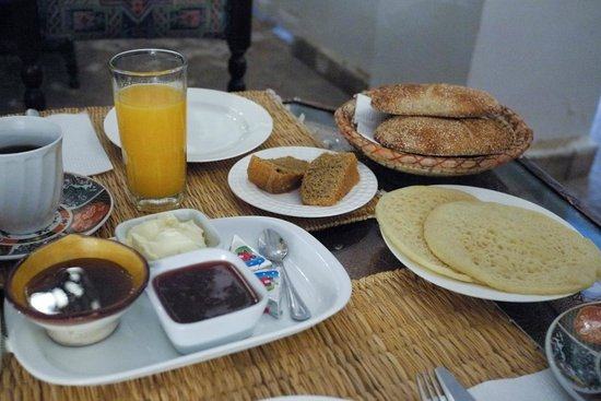 Riad Al Mansoura: Moroccan Breakfast
