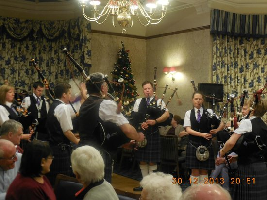 Highland Hotel: evening entertainment