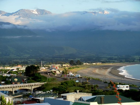 Lemon Tree Lodge: View from Lemon Tree (Kaikoura, NZ)