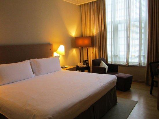 Amara Singapore: King sized bed