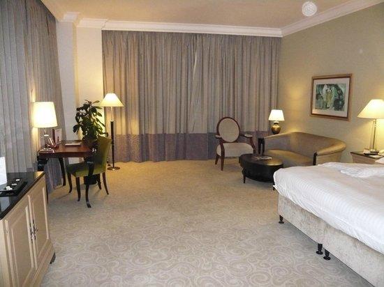 Movenpick Hotel Doha: Junior suite