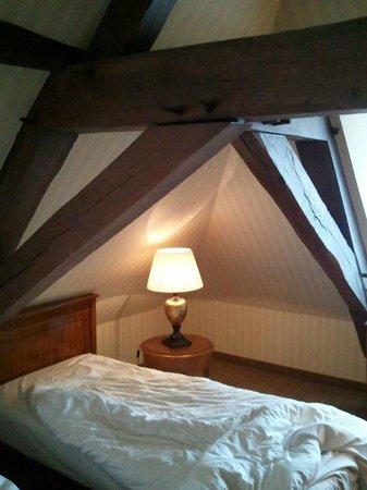 Hotel The Peellaert - Adults only : Deckenatmosphäre über dem Bett