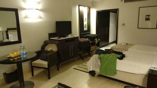 Mediterranean Azur Hotel: Bedroom