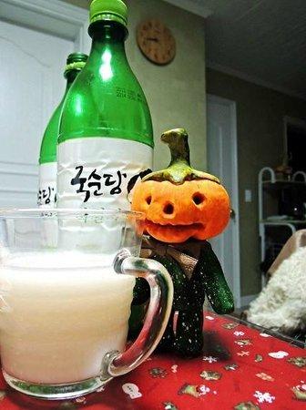 Pumpkin Guesthouse: 막걸리 한잔 ^^