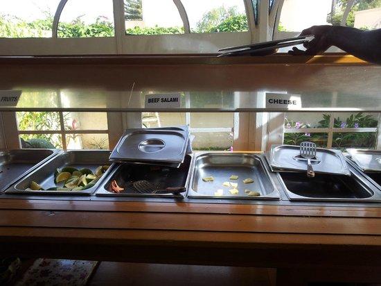 Seaview Gardens Hotel : Breakfast foods