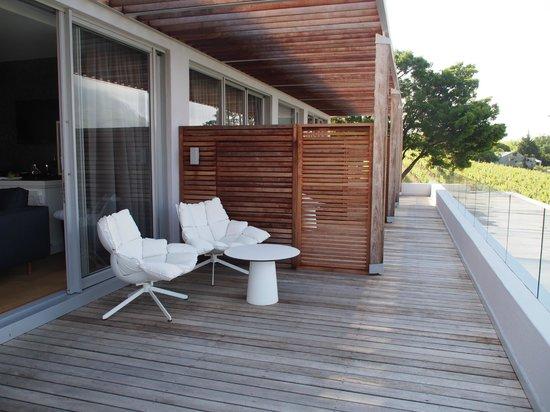 Clouds Wine & Guest Estate: balcony honeymoon suite