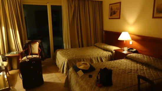 Mediterranean Azur Hotel : Room