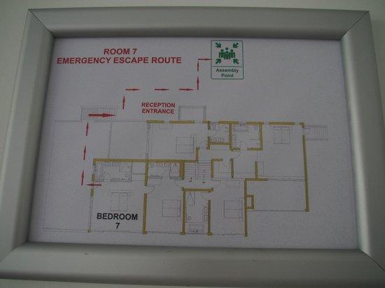 Clouds Wine & Guest Estate : floor plan with rooms upper floor, honeymoon suite is Nr.7