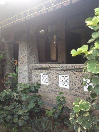 Rumah Boedi Private Residences Villa Kuta Bali: outside room