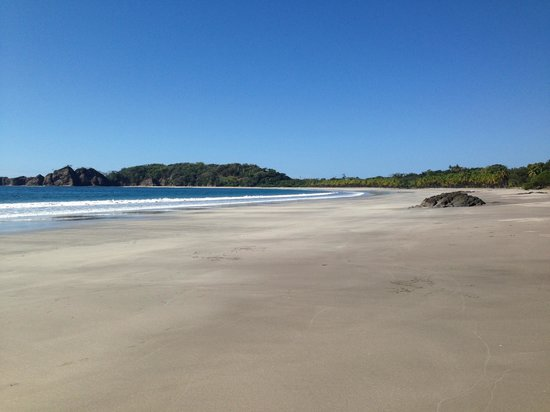 Casa Buenavista: This Beach is a minutes walk down the hill