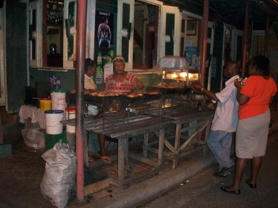 Gros Islet Street Party: Cooking