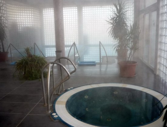 Hotel Perla : inside pools and jacuzzi