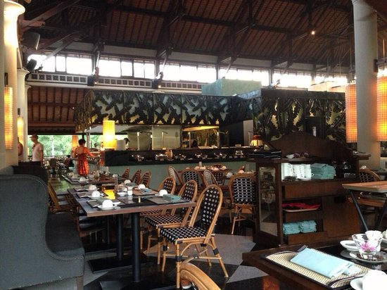 Padma Resort Legian : 朝食