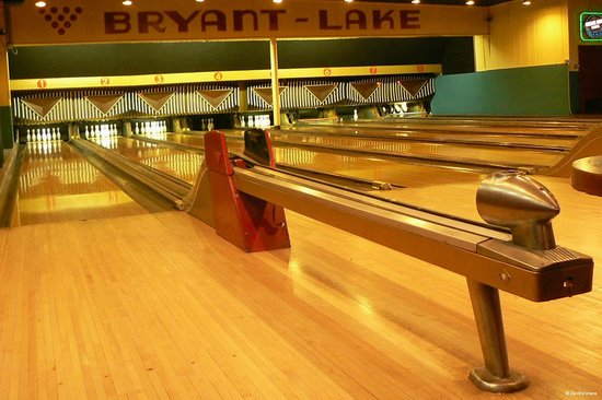 Bryant Lake Bowl and Theater : Bowling!