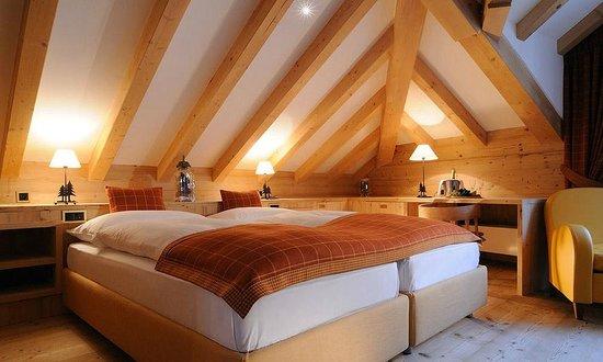 Hotel Albris: Dachzimmer