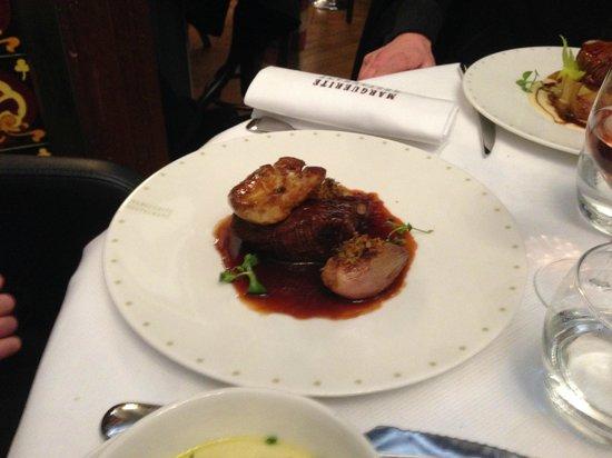 Marguerite Restaurant : Filet de boeuf et foie gras poêlé
