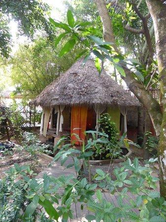 Mysteres d'Angkor Siem Reap Lodge : Maisonnette réservée aux massages