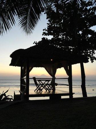 Jeeva Klui Resort: Table romantique