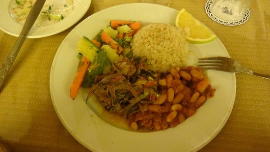International Hot Spring Hotel: Good food and inexpensive wine!