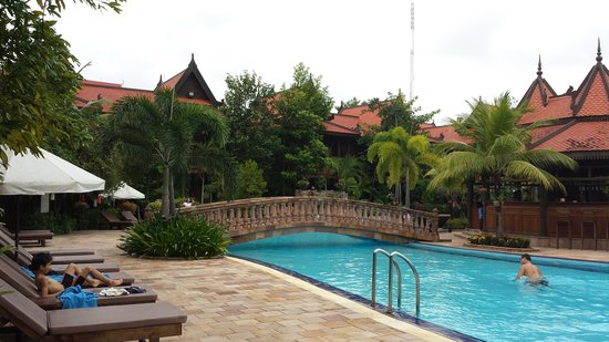 Sokhalay Angkor Villa Resort: swimming pool