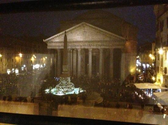 Albergo del Sole Al Pantheon : udsigt fra room 107