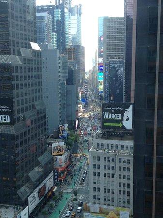 Novotel New York Times Square: Vue de la chambre de Jour