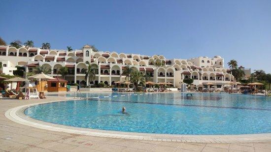 Movenpick Resort Sharm El Sheikh Naama Bay: Beautiful pool