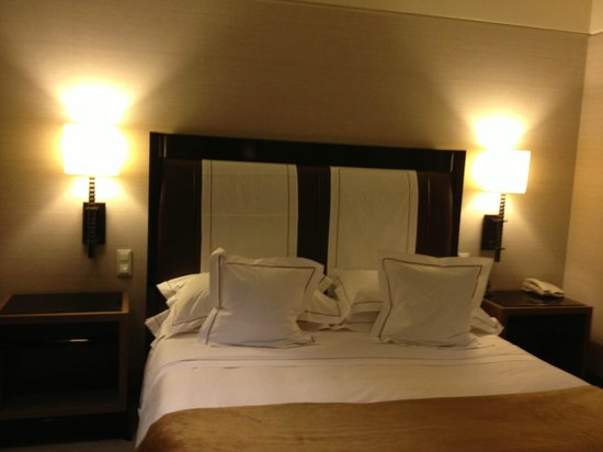 Allegroitalia Golden Palace: A very comfortable bed