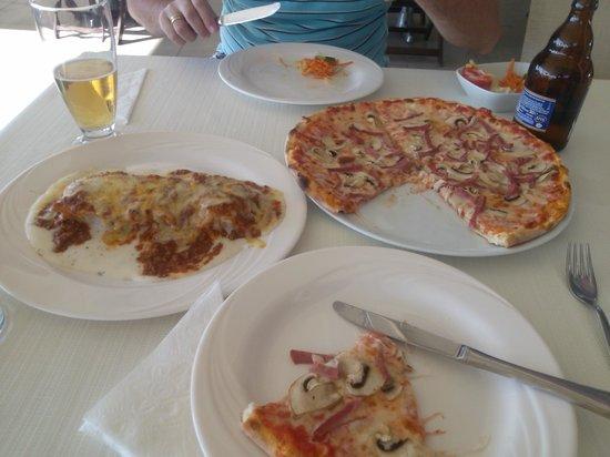 Bella Mama at Delta Hotel: our lunch menu