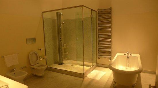 Relais Villa Antea: Bathroom