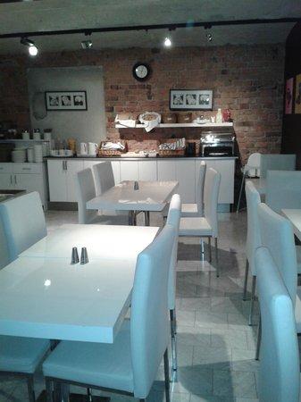Ibis Styles Stockholm Odenplan : Breakfast room