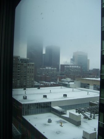 InterContinental Montreal : view 2, looking left